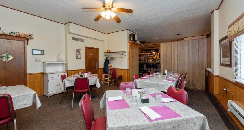 Homefront-dining-1
