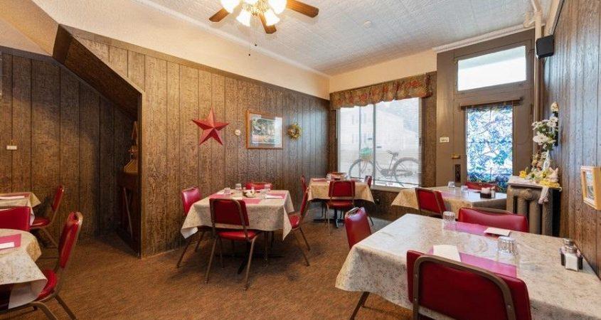 Homefront-dining-3