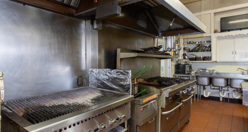 Homefront-kitchen-1